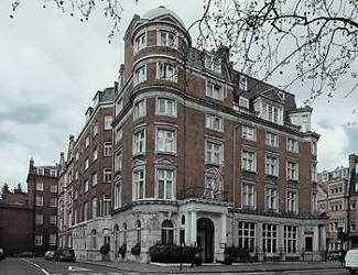 haunted hotels london paranormal