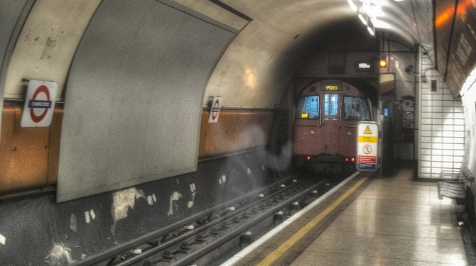 Ghost Sighting Spotted At London Underground, Ghost Sightings